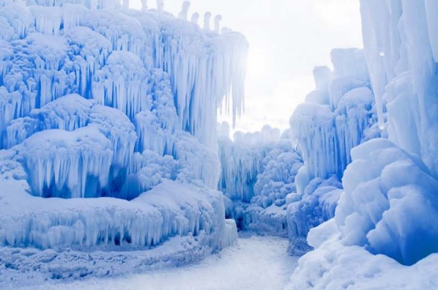 Ice Castles in Lincoln (2)