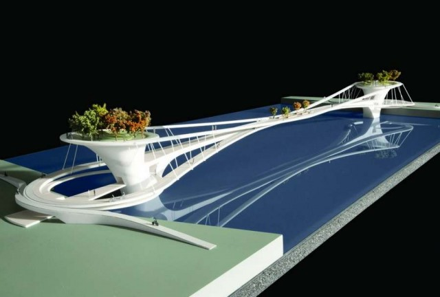 London's Battersea Bridge Competition is a Symbol of the City (2)