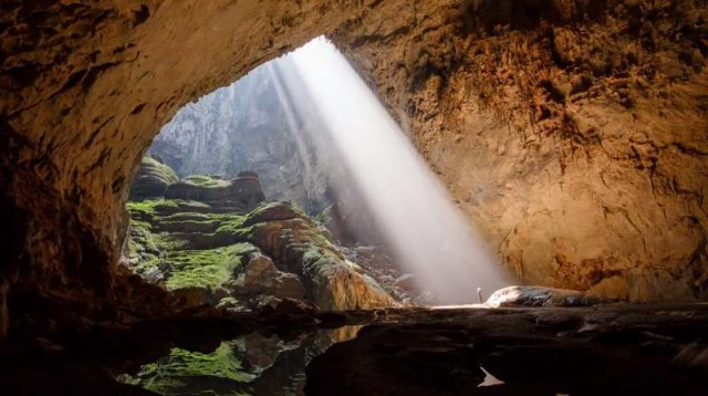 Hang Son Doong (Mountain River Cave)