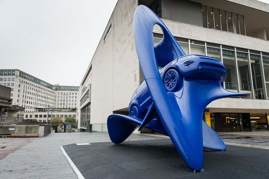 Jaguar Land Rover sculptures (6)