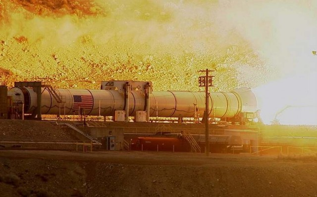 Fire up of Deep Space Rocket Booster (7)