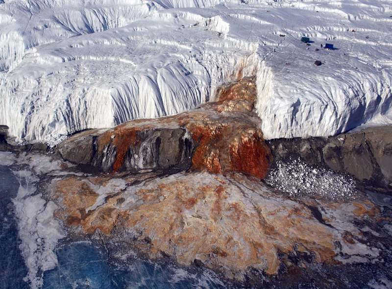 Blood Falls Antarctica (4)