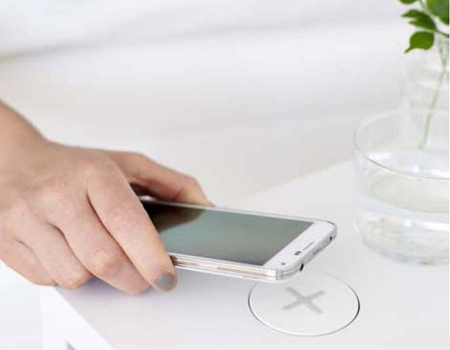 Ikea's wireless charger (5)
