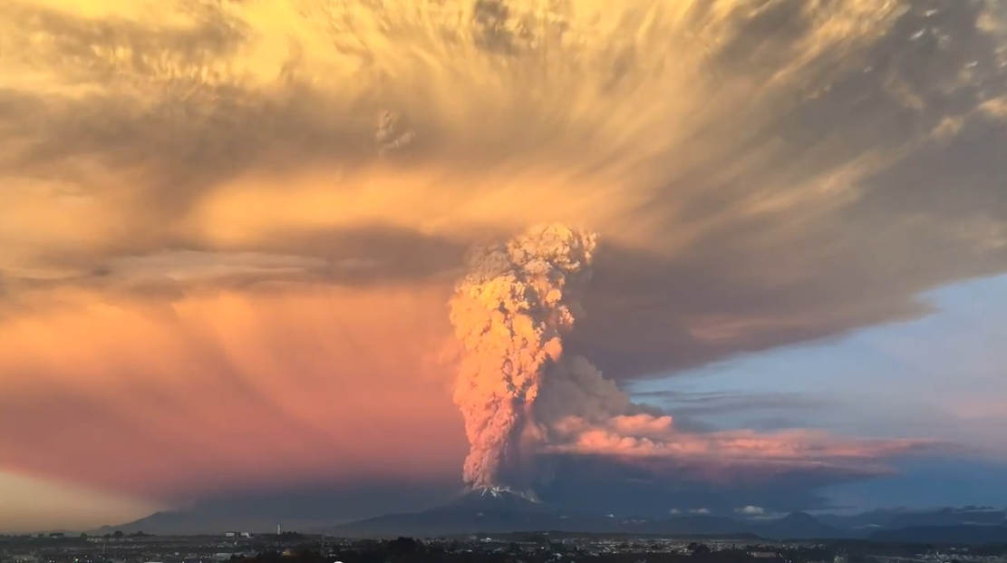 Calbuco Volcanic Eruption
