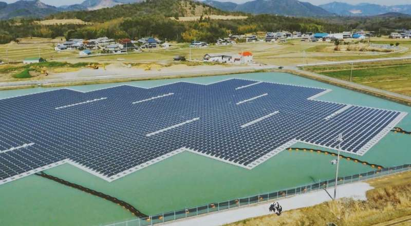 floating mega-solar plants in Japan
