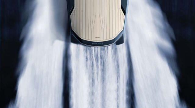 Aston Martin AM37 speedboat by Quintessence Yachts 2