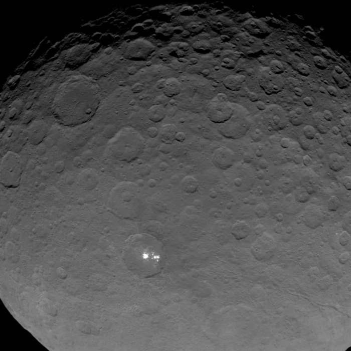 Ceres bright 'Alien' Spots