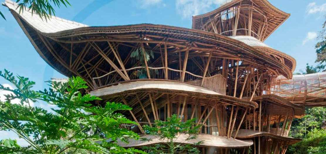 Bamboo houses in Indonesia (1)