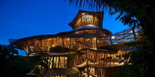 Bamboo houses in Indonesia (8)