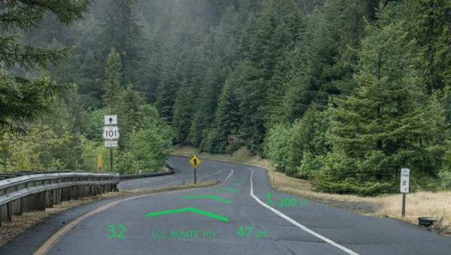 Holographic car navigation