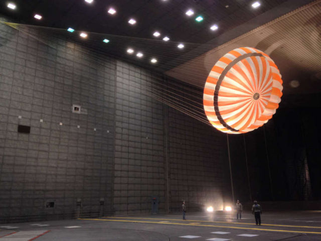 Parachute Testing for InSight Mission in wind tunnel