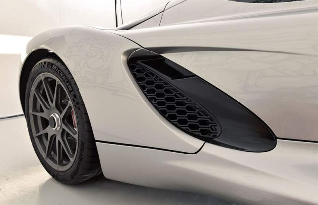3D printed supercar by Divergent Microfactories (1)