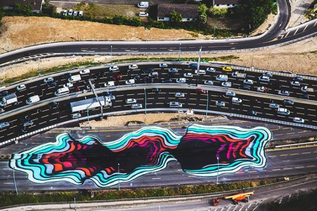 Giant Optical Illusion in Paris by 1010