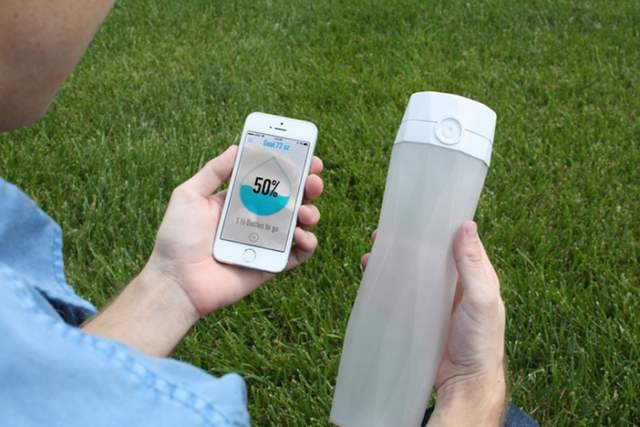 HidrateMe- Smart Water Bottle (5)