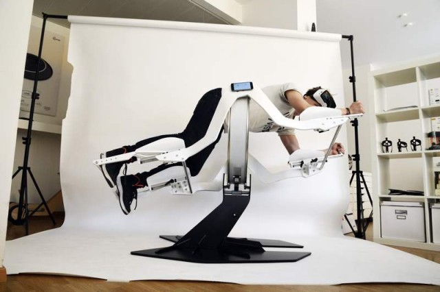 Icaros home gym works with a virtual reality headset (4)