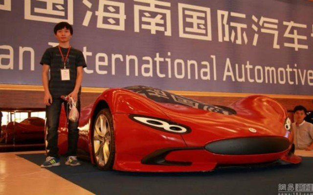 27-year-old Chinese builds futuristic sportscar 3