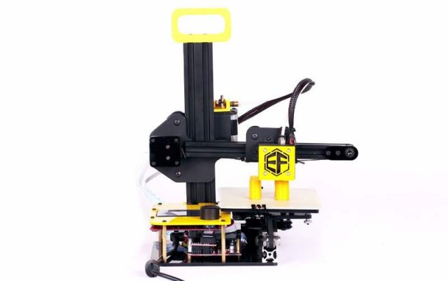 The Freaks3D First Portable 3D Printer