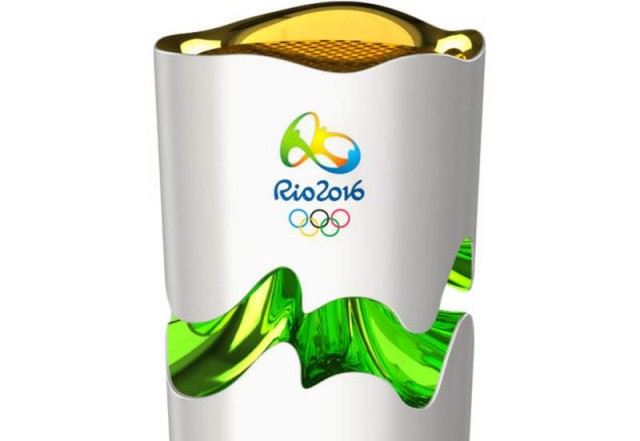 Rio 2016 expanding Olympic torch (2)