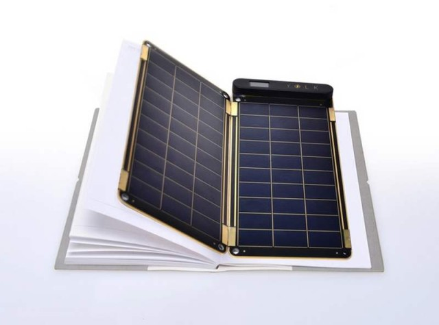 world's thinnest solar charger