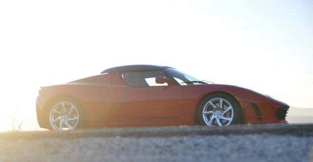 Tesla Roadster electric sports car (6)