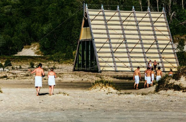 The worlds largest Sauna pyramid (5)