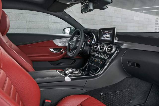 New Mercedes Benz C300 Coupe (8)