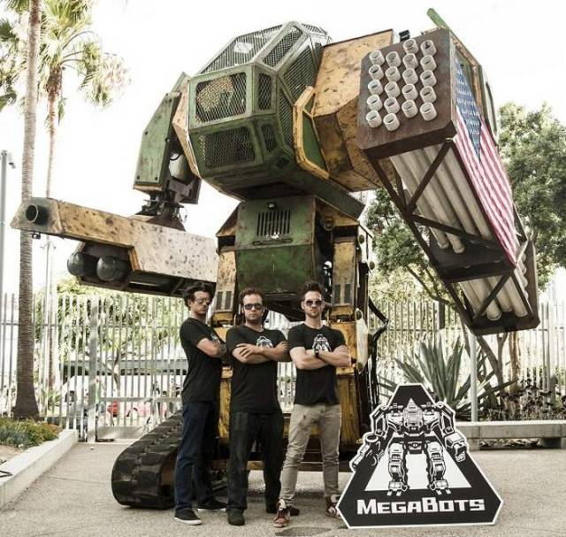 Team USA in the Giant Robot Duel (2)