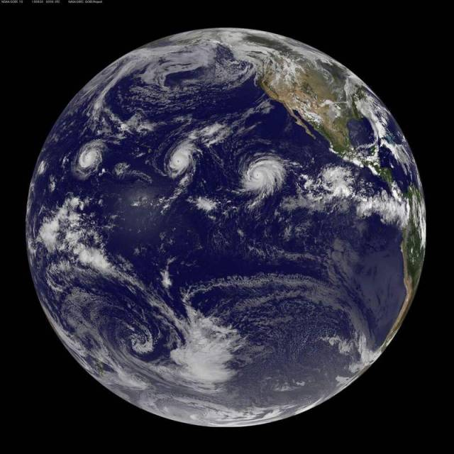 Three Category 4 hurricanes at the same time (3)