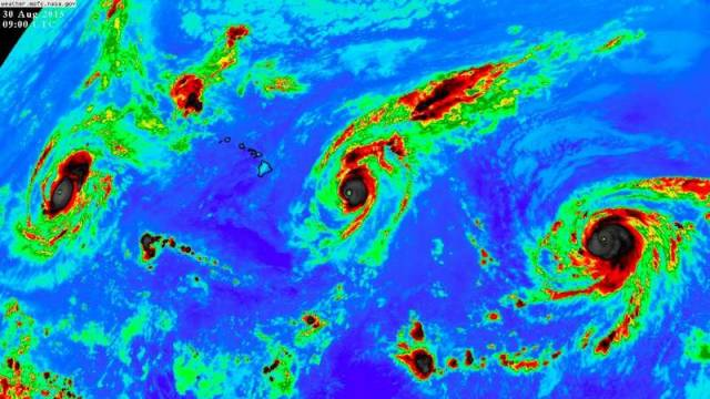 Three Category 4 hurricanes at the same time (2)