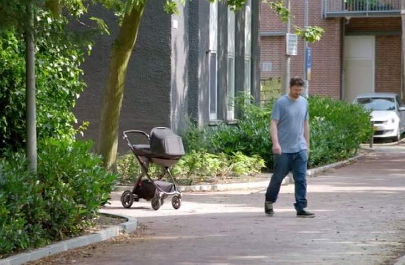 Volkswagen Auto-Following Stroller