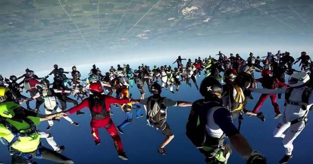 World Record Group Skydive
