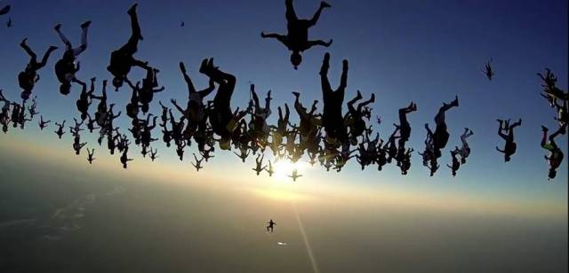 World Record Group Skydive (2)
