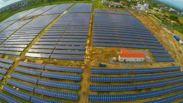 World's first completely Solar-powered airport in India