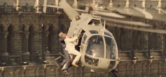 Action sequences in Spectre (5)