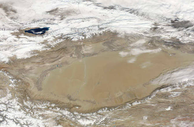 ocean under Tarim basin desert
