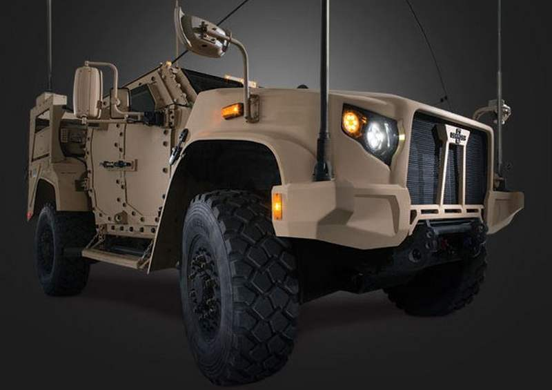 Oshkosh Joint Light Tactical Vehicle (7)
