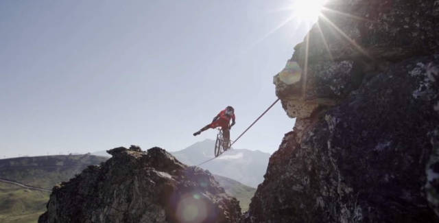 Riding a Slackline high in the French Alps (1)