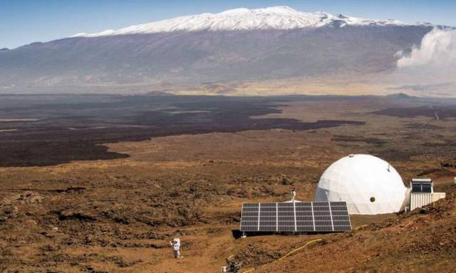 year-long isolation to simulate life on Mars