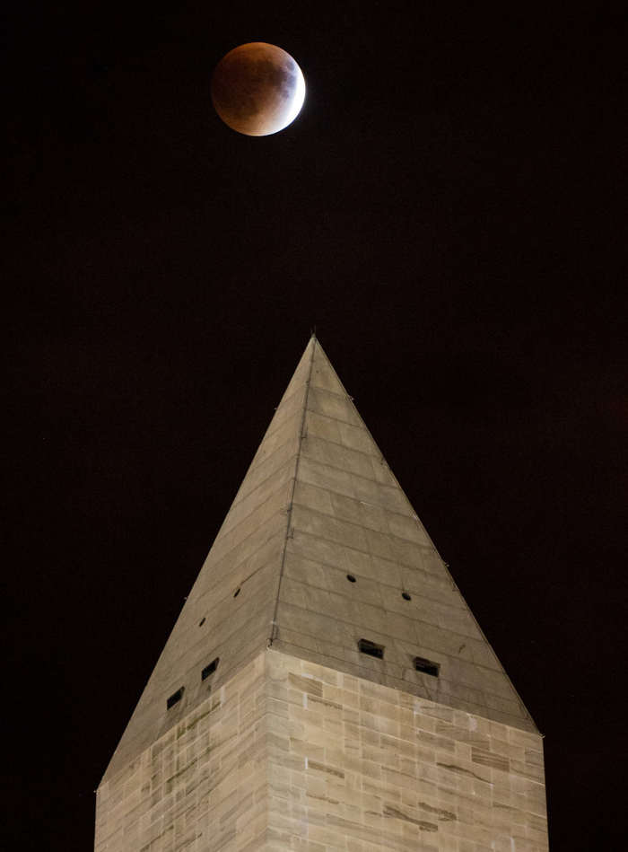 Supermoon Eclipse in Washington