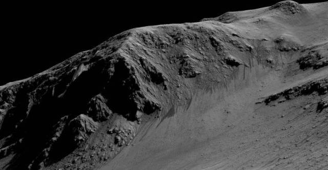 RSL at Horowitz Crater on Mars, 2015