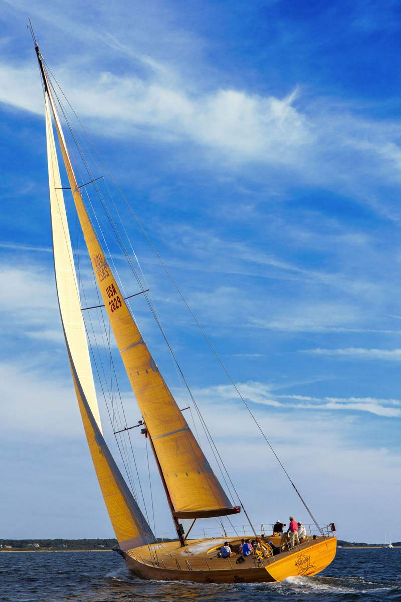 Foggy- First Frank Gehry-designed sailboat | wordlessTech