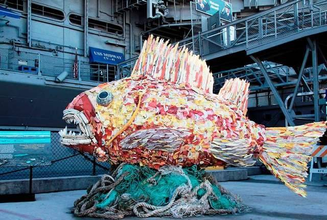 Sculptures Made Entirely Of Beach Waste (8)