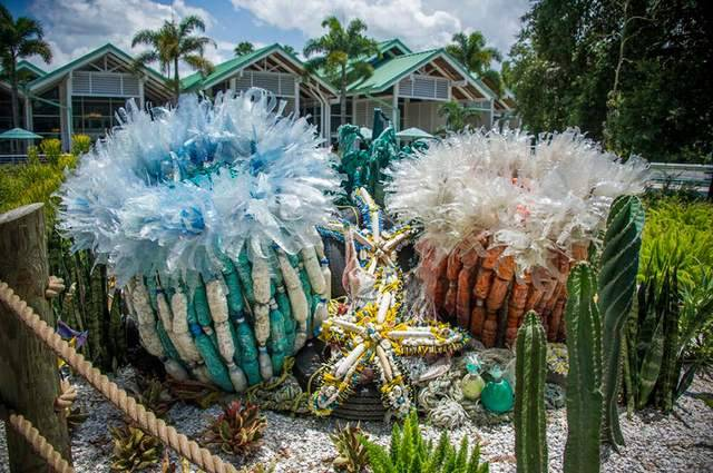 Sculptures Made Entirely Of Beach Waste (3)
