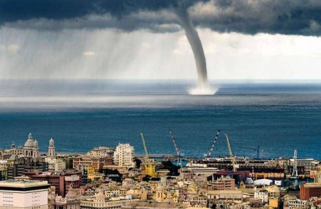 Giant Waterspout Twister descends on Genoa