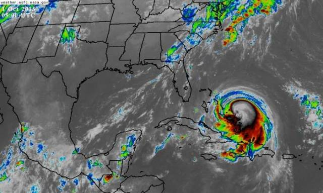Hurricane Joaquin a Category 4 Storm strengthening Over Bahamas  (3)