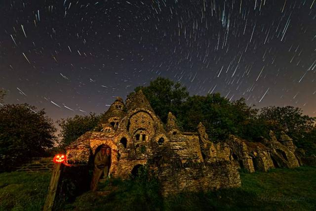 Star Trails and Ghosts (1)