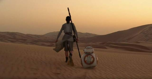 Star Wars - The Force Awakens- official trailer (1)