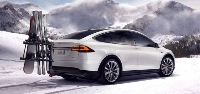 Tesla Model X electric SUV (6)