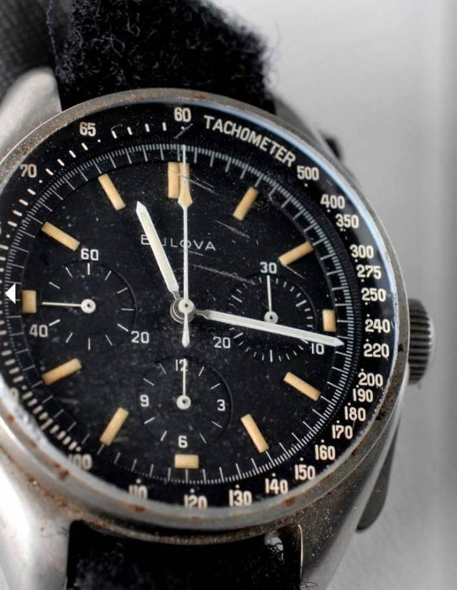 Bulova wrist Chronograph watch worn on the Moon in 1971 (5)
