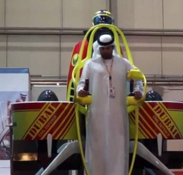 Dubai's firefighters with jetpacks 2